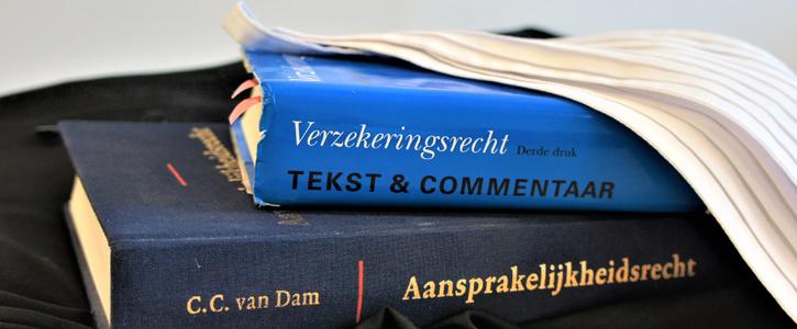 Boeken van een advocaat brandschade